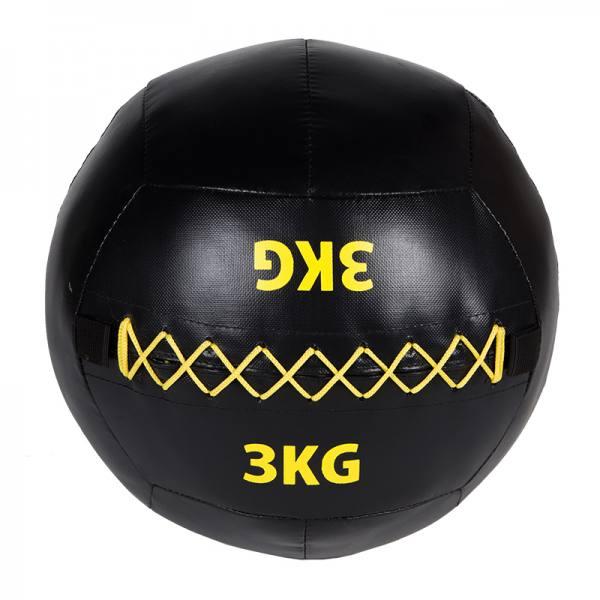 Medizinball Wall Ball   Wallball